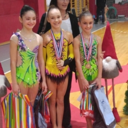 Christmas cup 2017, prof. Gordana Cimaš, Nera Štrbac, Bianca Gajšak i Mia Gvozden