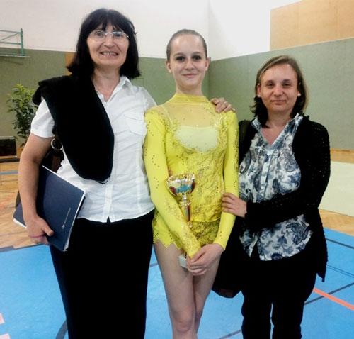 Trenerice Julija Jankova i Gordana Cimaš, gimnastičarka Lorena Turčin